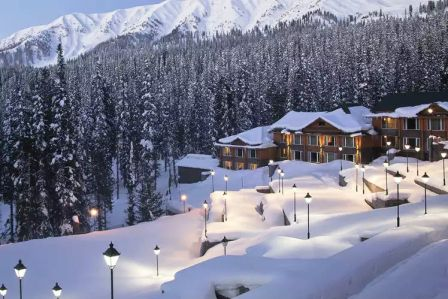 best time to visit Kashmir for honeymoon in snow