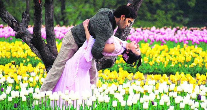 best time to visit tulip garden kashmir, trekking in Kashmir.